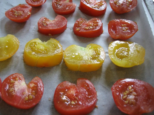 томаты перед сушкой в духовке