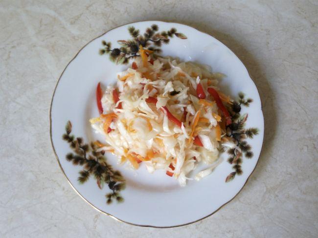 квашеная капуста с перцем