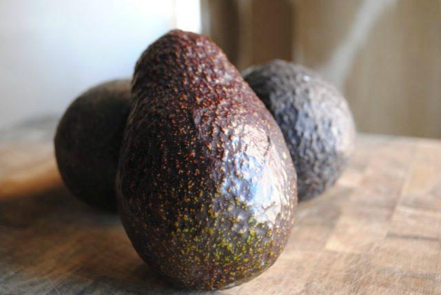 калифорнийский авокадо