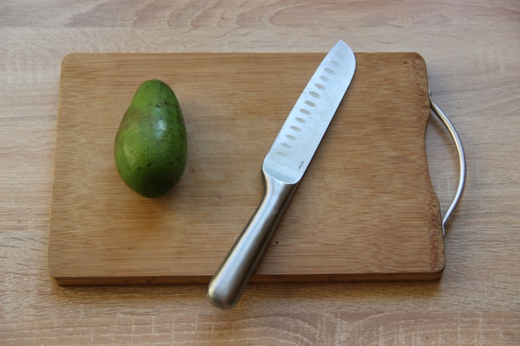как очистить авокадо